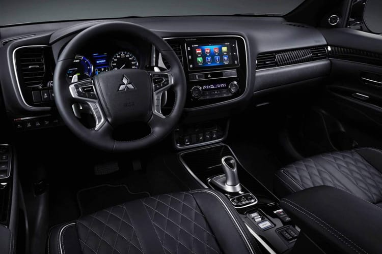 Mitsubishi Outlander PHEV SUV 2.4 h TwinMotor 13.8kWh 224PS Dynamic 5Dr CVT [Start Stop] inside view