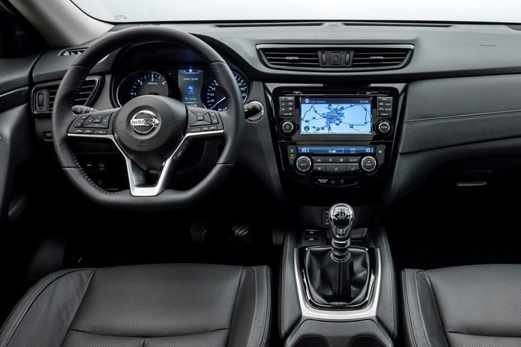 Nissan X-Trail SUV FWD 1.7 dCi 150PS Visia 5Dr Manual [Start Stop] [7Seat] inside view